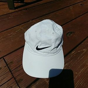 Nike hat kids size 4-7